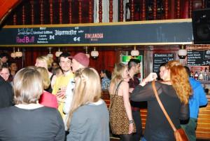 0.30 Uhr: Der Club füllt sich, Foto: Louisa Stach