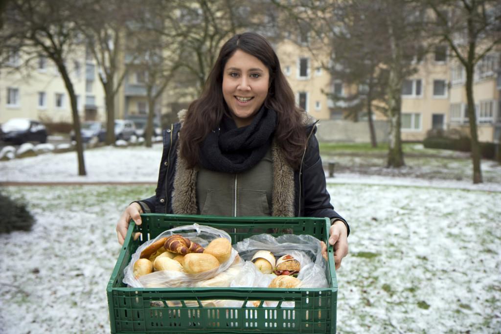 Wenn ein/ Foodsaver/in mal nicht kann, springt Nadja Henze oft und gerne ein und sammelt die Lebensmittel, ums sie dann weiter zu verteilen.