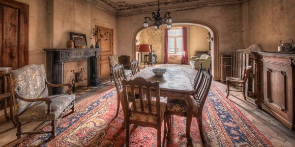 Die meisten Häuser beinhalten jedoch Antiquitäten von hohem Wert. (Foto: Raimund)