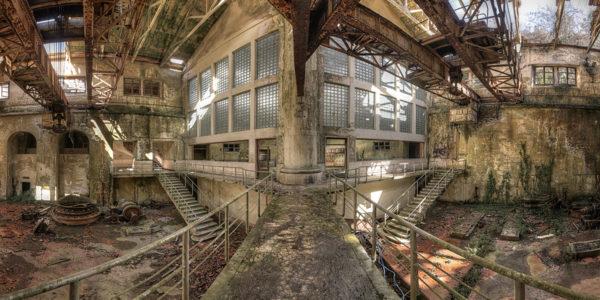 Von der baufälligen Fabrikhalle, bis hin… (Foto: Raimund)