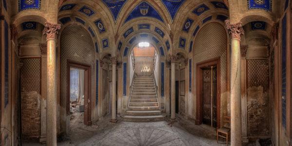 …zum herrschaftlichen Schloss hat Raimund alles erkundigt. (Foto: Raimund)