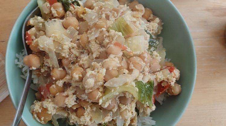 One Pot Chickpeas stew with veggies